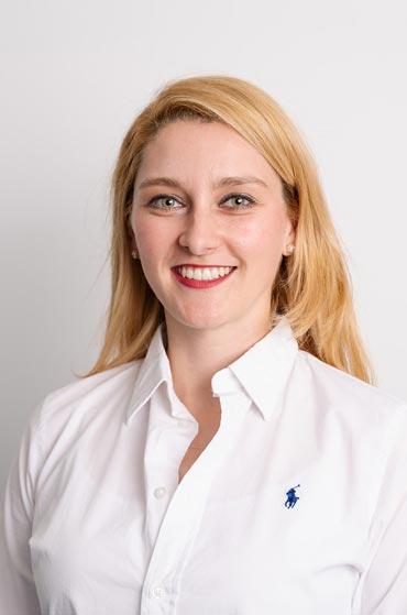 Kieferorthopäde Dr. Adler in Pullach – Dr. Dania Payer Fachzahnärztin für Kieferorthopädie