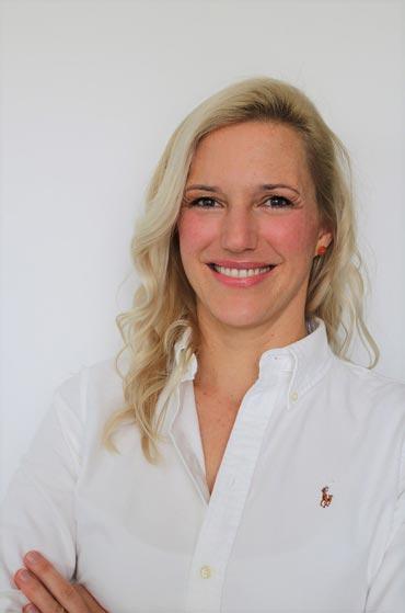 Kieferorthopäde Dr. Adler in Pullach – Dr. Fiona Adler Fachzahnärztin für Kieferorthopädie